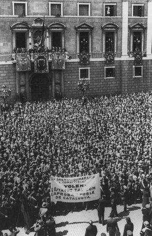 Manifestació a favor de l'Estatut de Núria Foto: ARXIU.