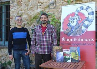 Quim Ball-llosera i Mateu Pastoret, amb el logotip i alguns dels jocs de Maqui Foto: MAQUI EDICIONS.