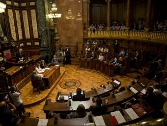 El ple de l'Ajuntament de Barcelona és on s'haurà de ratificar políticament la proposta que elevi Colau Foto:ALBERT SALAMÉ