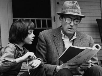 Mary Badham i Gregory Peck van estar nominats a l'Oscar pels seus papers de Scout i Atticus Finch Foto:ARXIU
