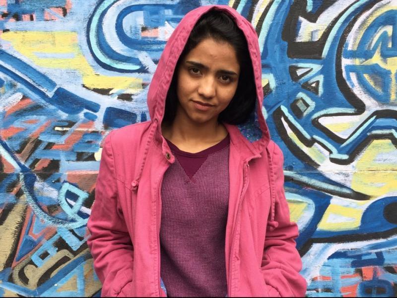 La jove refugiada afganesa Sonita, en una escena de la pel·lícula Foto:DOCSBARCELONA