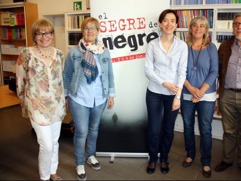 Montse Sanjuan, Montse Parra, Eulàlia Pagès, Montse Macià i Josep Borrell ahir a la presentació del festival Foto:ACN