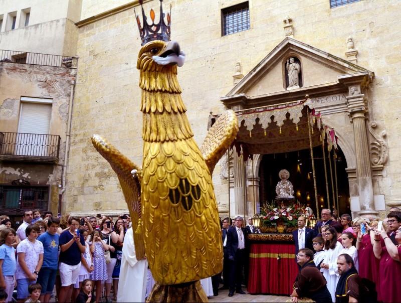 La imatge de Sant Pere va ser l'element clau de la solemne Professó d'ahir Foto:CRISTINA ANTILLÉS